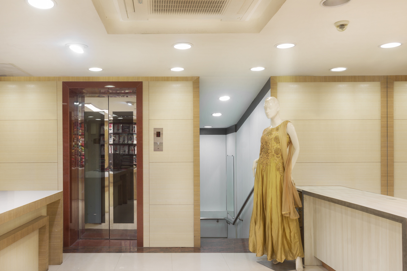 Trishades Interior Design -Style In Commercial Space